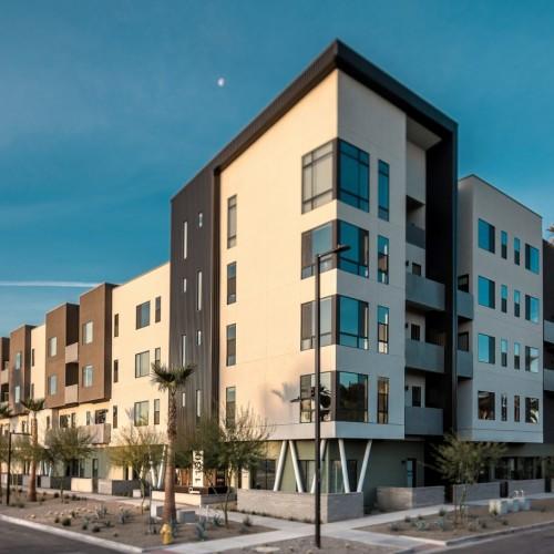 En Hance Park Condominiums