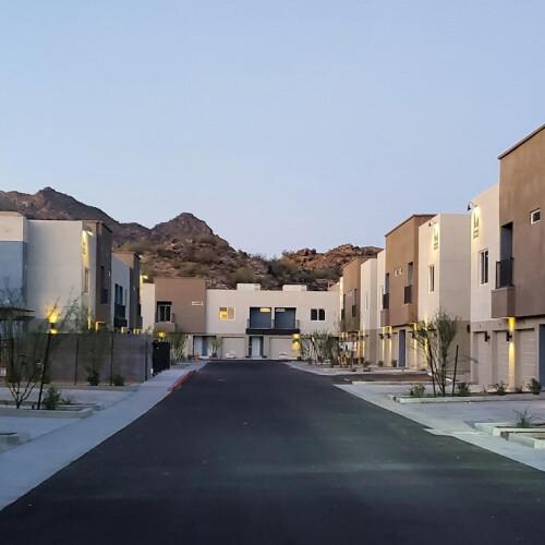 Senderos Apartments